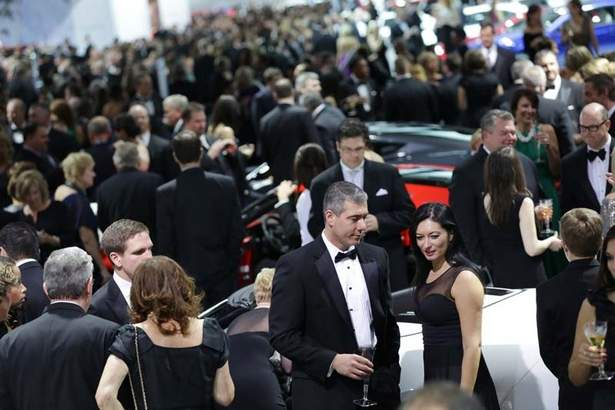 Behind The Scenes At The Naias Charity Preview Black Tie