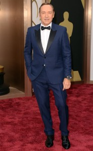 Kevin Spacey in Burberry.  Midnight blue evening wear, yes.  Royal blue, no.  (Jason Merritt / Getty Images)