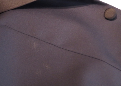 Example of shiny spots in fused portions of the jacket.