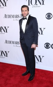 Jake Gyllenhaal at the 2013 Tonys.
