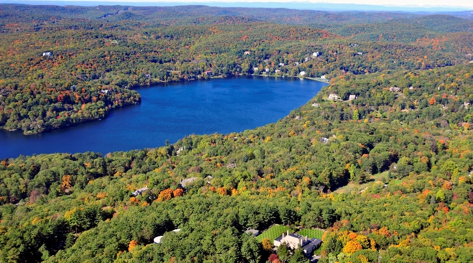 tuxedo park black personals The secret of tuxedo park tells a long-overlooked story of an individual who helped alter the course of history in world war ii prime numbers, black holes.